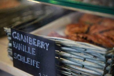 Schmackhafte Cranberry Vanille Schleife